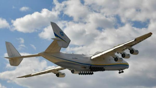 جنگ سرد و ساخت عظیم ترین هواپیما